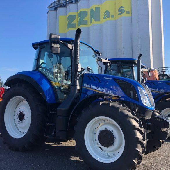 Kolový traktor New Holland T5.120
